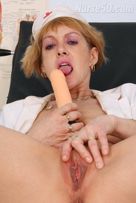 porno-videos, sie spielen mit ihm heiße pussy italienischen